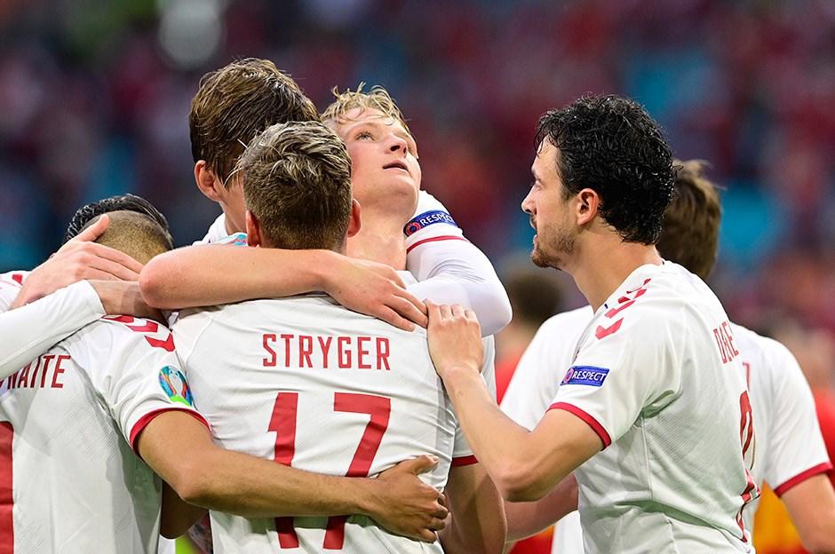 EURO 2020'DE İLK ÇEYREK FİNALİST DANİRMARKA OLDU