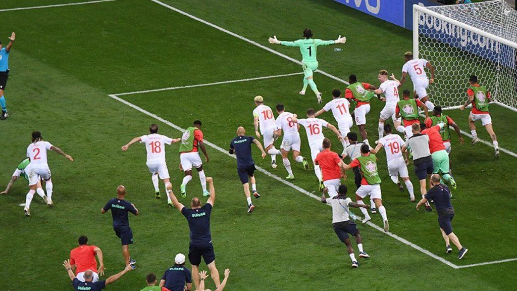 EURO 2020'de Seri Penaltılar Kazananı Belirledi, İsviçre Çeyrek Finalde; 4-5